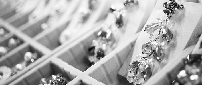 diamond_earrings