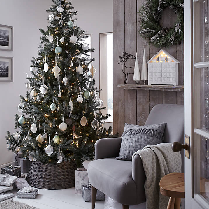 John Lewis Christmas Decorations.Christmas Decorating With John Lewis